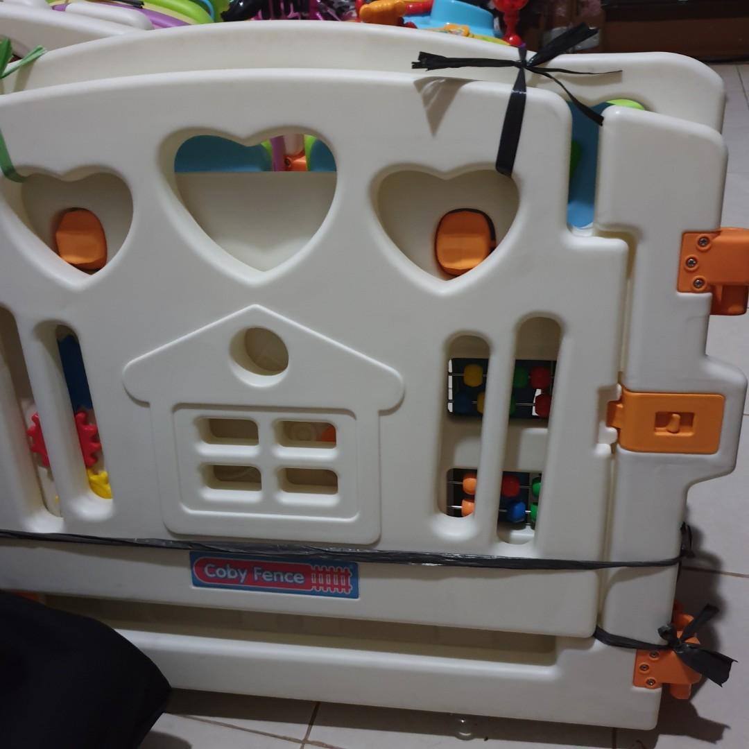 Preloved Pagar Bayi Mainan Coby Fence Babies Kids Toys