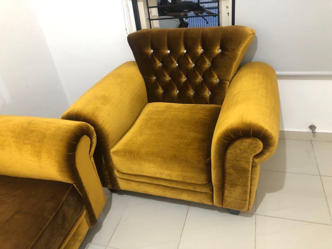 Sofa Ruang Tamu, No Minus