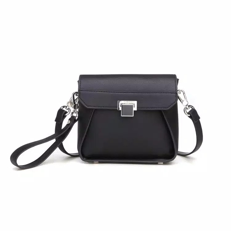 Tas wanita charles and keith pushandlock 70e53d52e7