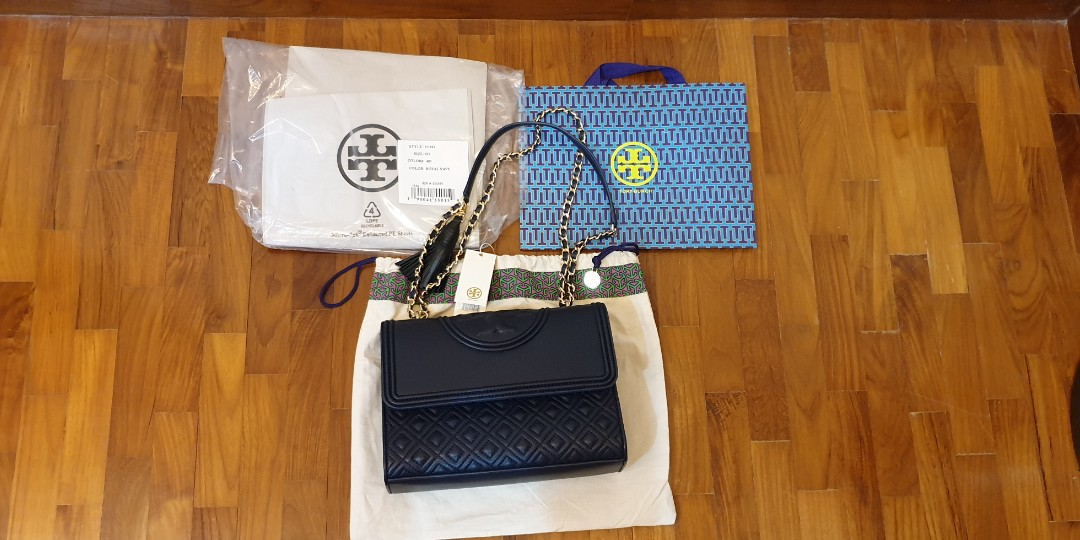 91fa570d33bf2 Tory Burch Fleming (Large Size) Brand New