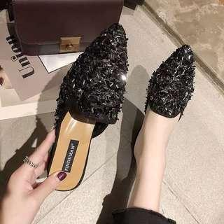 🚚 Spring new Korean version of the wild rhinestone sequins half slippers head Muller shoes tide