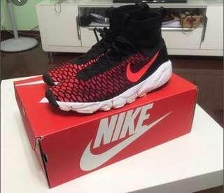 NIKE FOOTSCAPE MAGISTA - FURY RED - US8