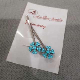 Blue Bead Hair Clip