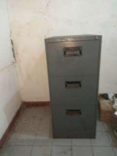 filling cabinet bekas