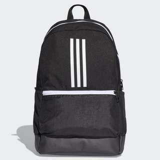 Adidas backpack lis