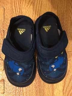 🚚 愛迪達多莉透氣涼鞋13CM 穿過痕跡 以洗淨 $450