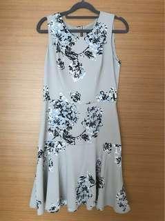 🚚 Armani Exchange dress size 4/6