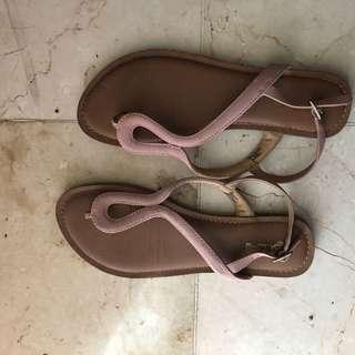 sandal brash