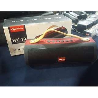 Hy 19 portable speaker