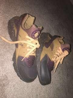Barely Used Huarache Nike's