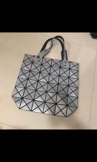 Preloved geometric bag