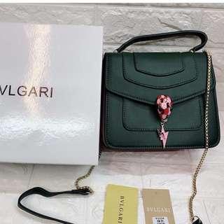 Bvlgari bag(read descriptions)