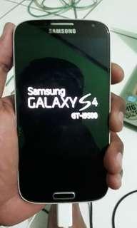 Samsung S m4 GT I9500