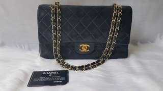 QUICK SALE Auth Chanel black medium classic bag