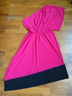 BNWOT asymmetrical toga fuchsia black dress