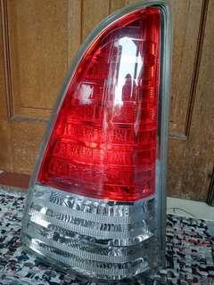 Stoplamp innova 2011
