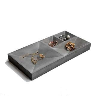 Industrial jewelry holder