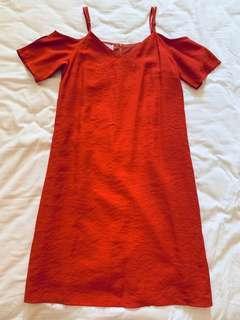 TEM Off Shoulder ruffled dress in rust