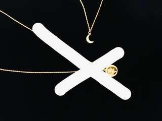 Simple Moon Pendant Necklace