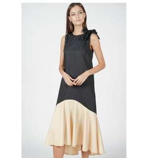 MDS Collections Edenor Colourblock Gold Satin Ruffled-Hem Mermaid Dropwaist Dress in Black with Riboon
