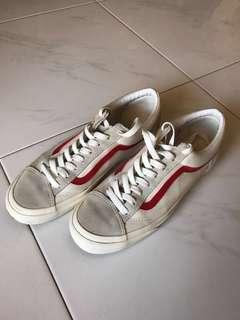 (USED) Vans Marshmallow Red