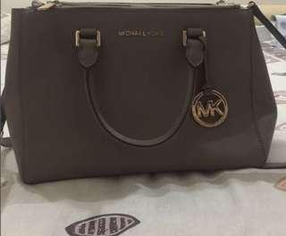 LAST CALL SALE AUTHENTIC MICHAEL KORS BAG