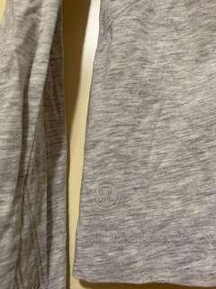 Lululemon size 6 long sleeves