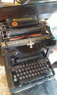 """🚚 """"雷明頓""""百年古董打字機"""