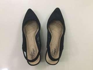 Deflex Pointed Closed Shoes