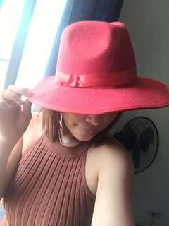 Red hat from london
