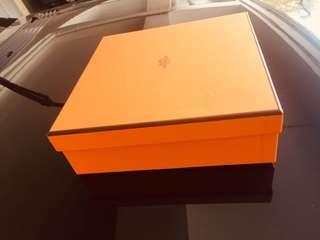 Hermes empty box