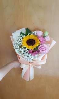 Sunflower bouquet| Birthday flowers | graduation bouquet | baby's breath