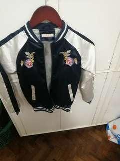 Hanging blouse all bundle wid broidery jacket