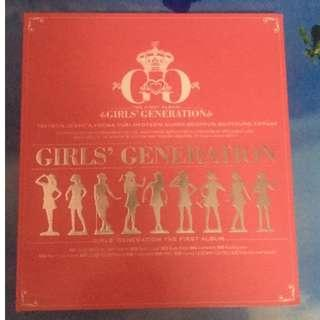 Girls Generation the first album no disc, photobook only.