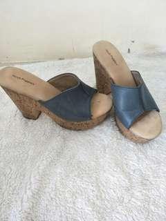 reprice sandal hush puppies ori