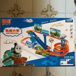 🚚 Thomas The Train Toy Set