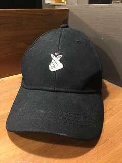 🚚 刺繡愛心帽