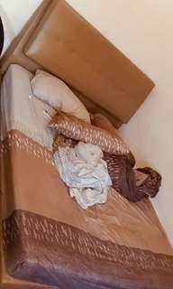 Divan Queen Size Bed with Mattress