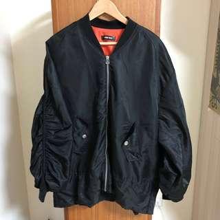 🚚 黑色蝙蝠袖oversize寬鬆飛行外套