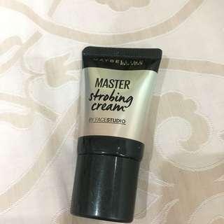 Maybelline Master Strobing Cream