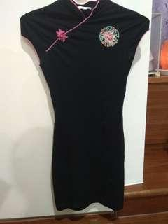 🚚 法國品牌Kookai短袖超彈力旗袍(含運)