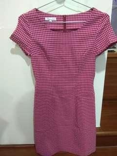 🚚 專櫃格子短袖洋裝(含運)
