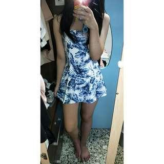 🚚 Blue floral romper