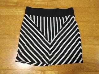 Cute and Sexy Bardot Mini Skirt