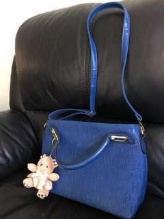 🚚 Blue office hand bag