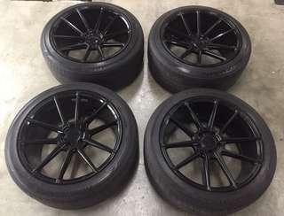 19 AD Rim full black with toyo tyre