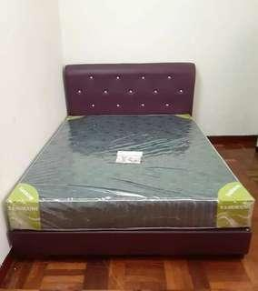 Offer Katil queen size rm300