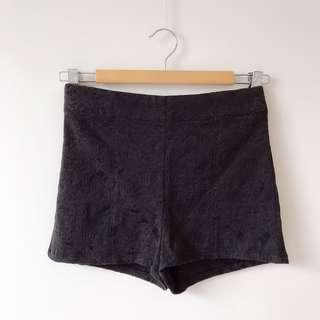 *NEW* Glassons embroidered shorts size 6