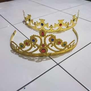 Mahkota raja dan ratu dewasa