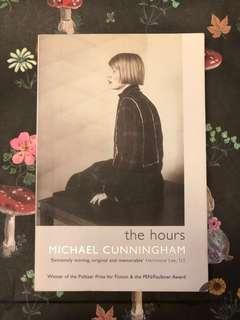 The Hours by Michael Cunningham☆ 英國文學 (90%新) 英文小說📖🤓English Novel